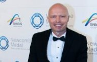 David Hall,  Newcombe Medal,  Australian Tennis Awards,  2013. MAE DUMRIGUE