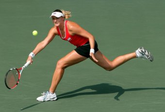 10 female Tennis players