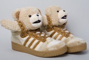 Bear tennis shoes song