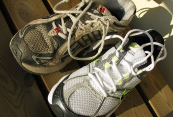 Recycle Old tennis shoes