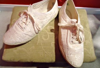White Lace tennis shoes