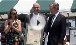 Agassi inducted into Tennis Hall of Fame