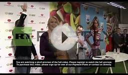 Russia: Tennis star Sharapova sweetens Moscow with